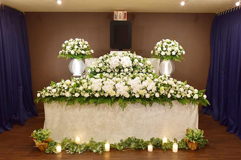 ファミリーホール高津、選べる祭壇